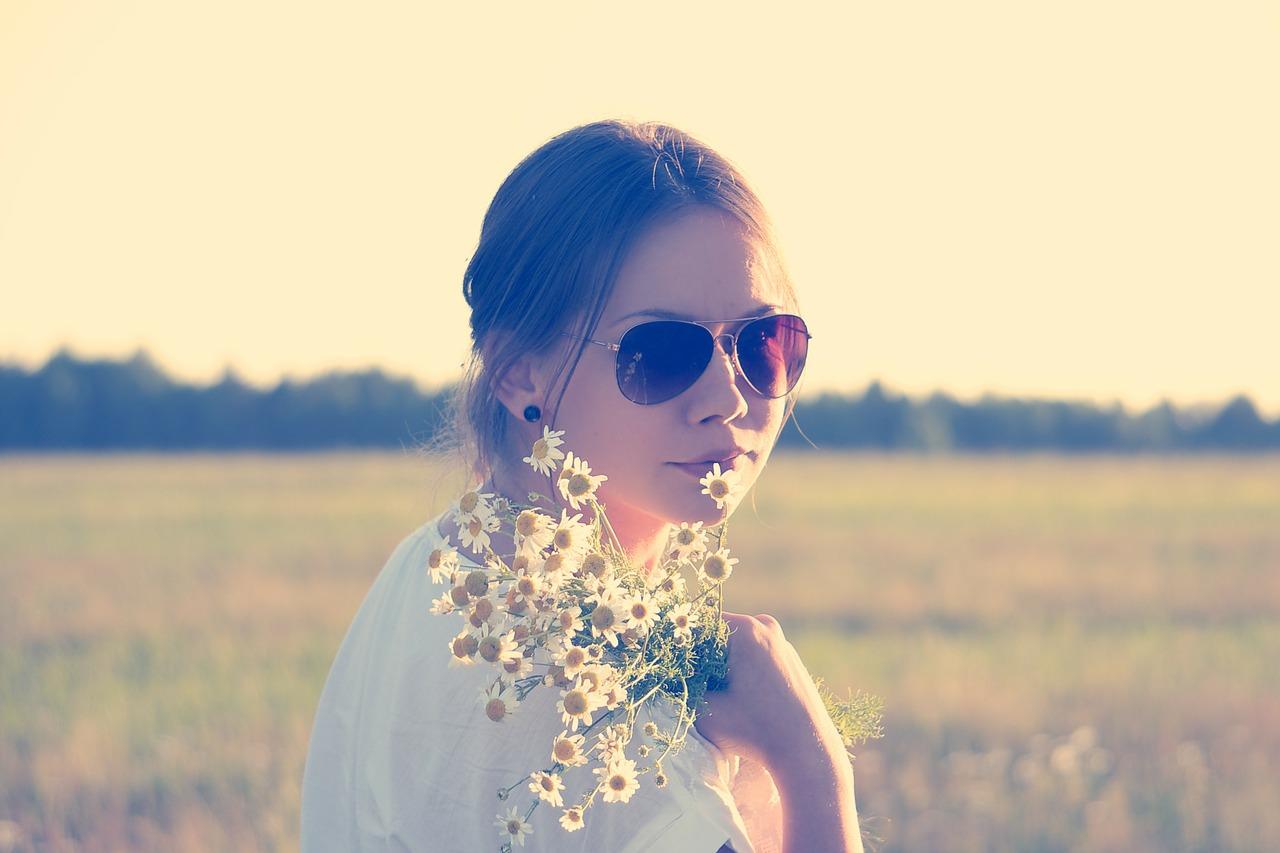 flower-child-336658_1280
